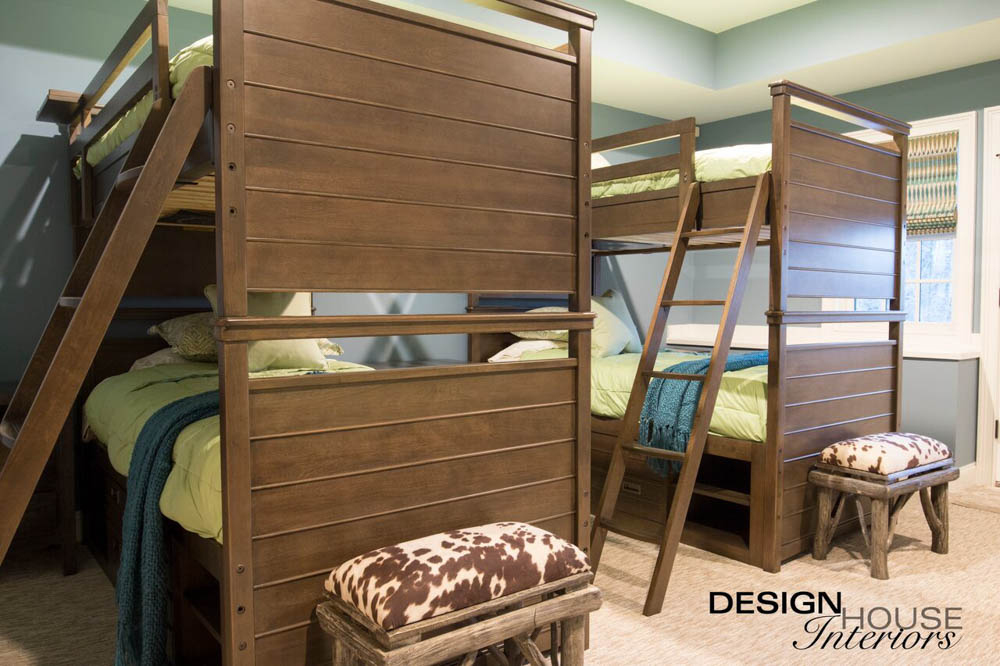 interior designers wood bunk beds in bedroom